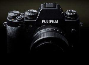 íšj Fujifilm cserélhető objektíves fényképezőgép érkezik